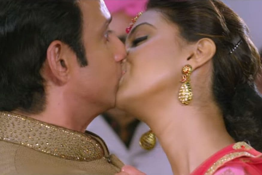 BABLOO BACHELOR Full Movie Watch Online Free